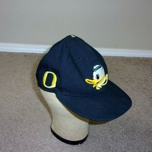 Nike Oregon Ducks Flat Bill SnapBack Hat Cap as is